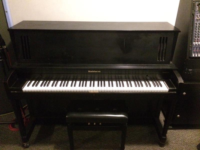 Studio 3 Piano