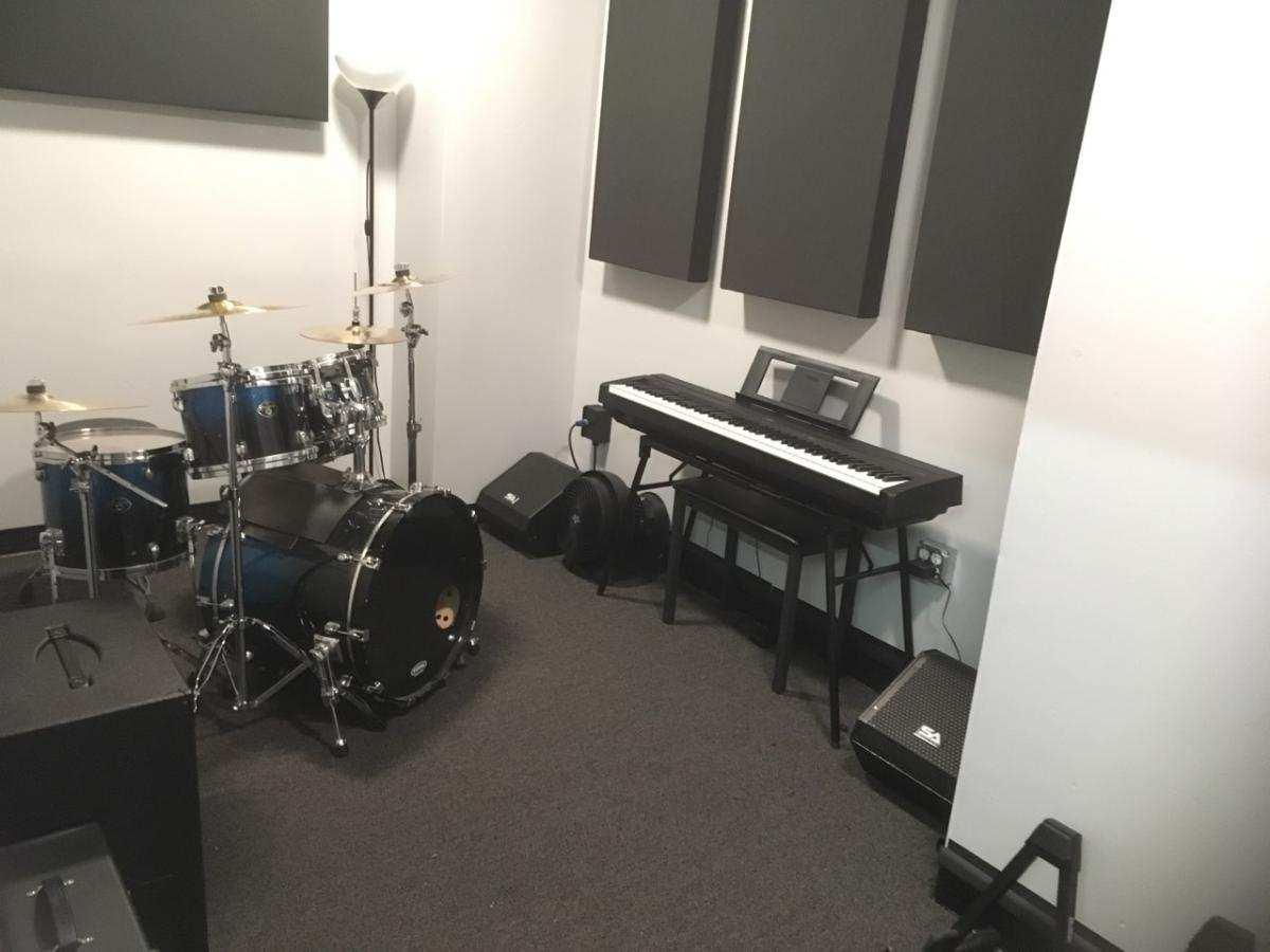 Studio 11 1