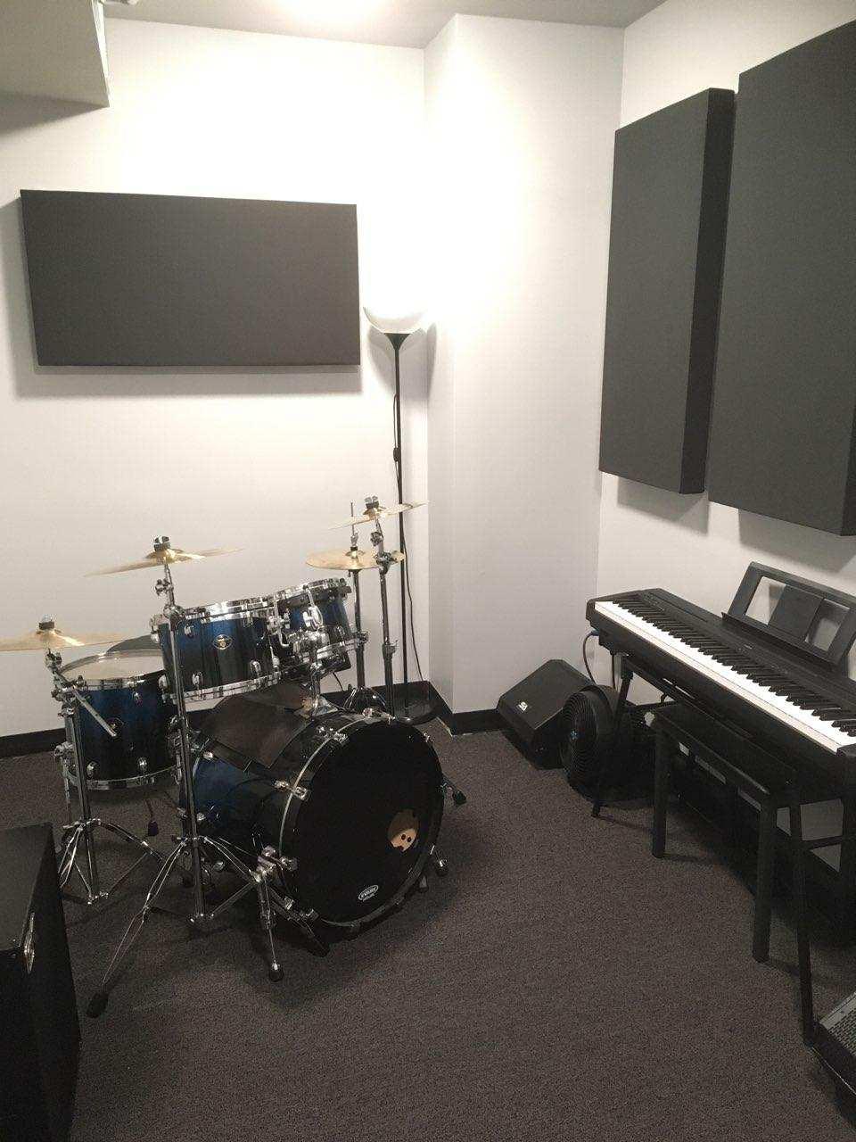 Studio 11 4